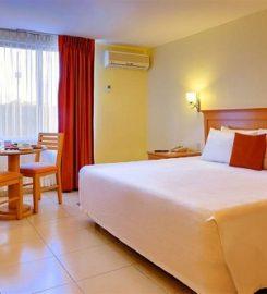 Hotel Araiza Palmira