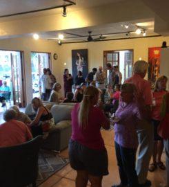 Dos Lobos Art Gallery